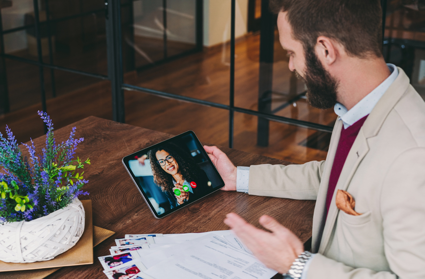 physician being interviewed virtual using a healthcare recruiting process